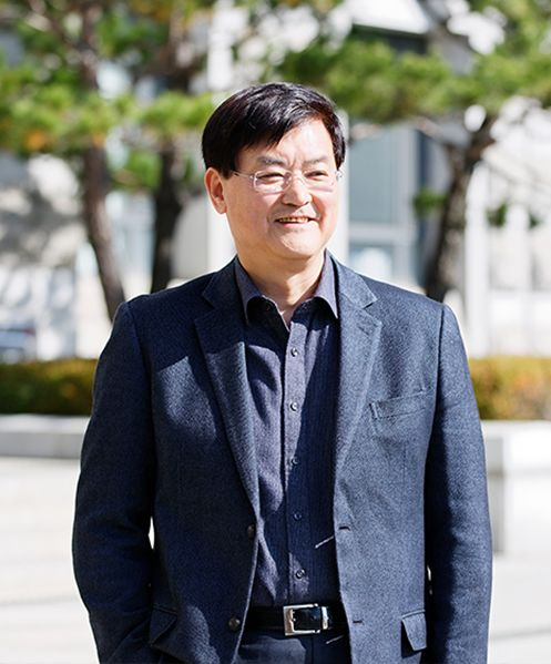 New President Suh Seoung Hwan