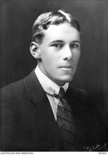 Photo of William DeF. Lovett