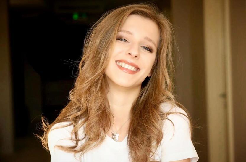 Елена Родина: Роман Ильи Авербуха с Елизаветой Арзамасовой мог начаться, когда актрисе было 17 лет