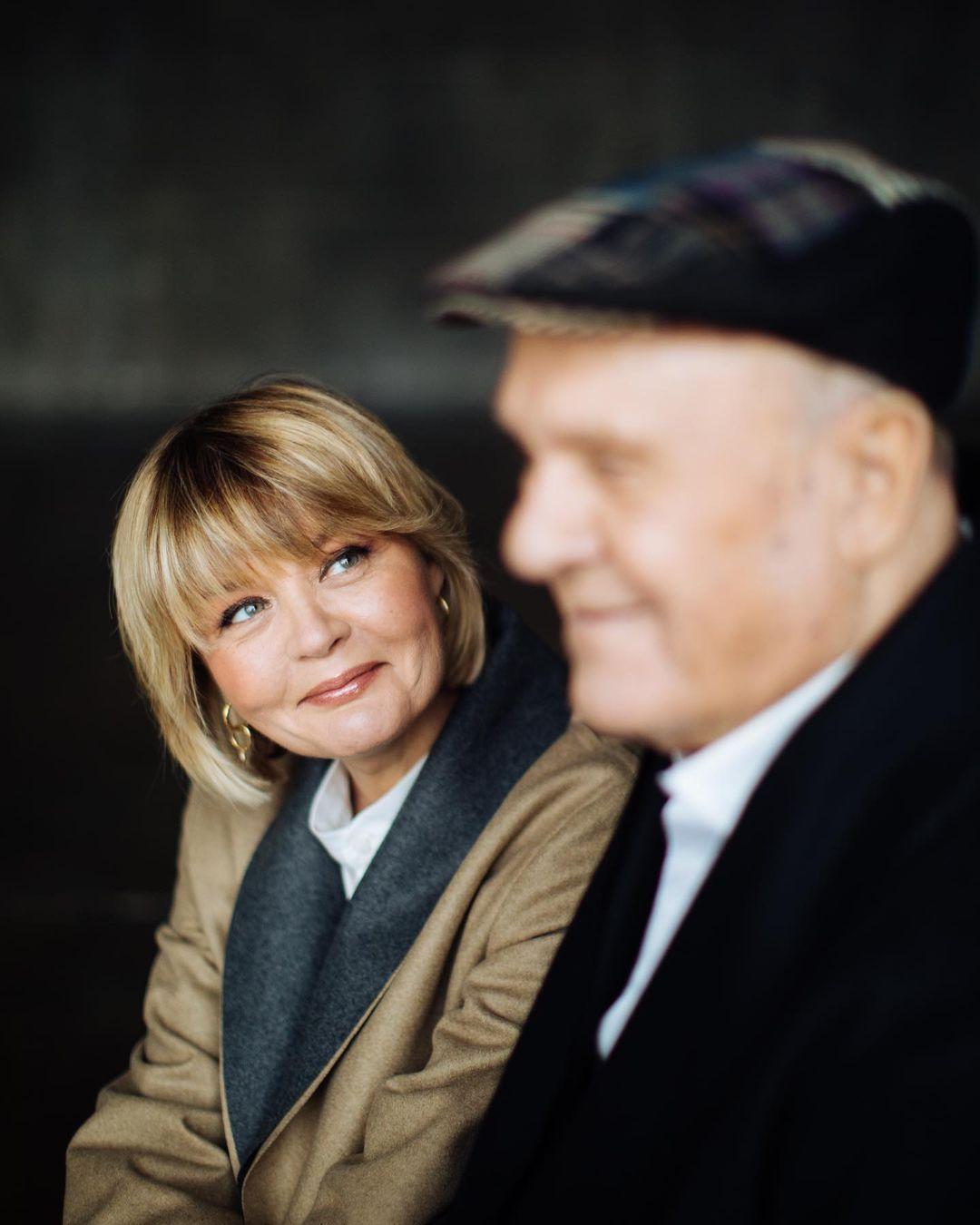 Юлия Меньшова столкнулась с травлей после смерти отца