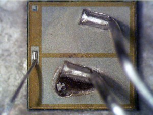 Sample 1 gate and source wires
