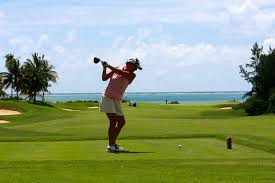 playing golf on vacation