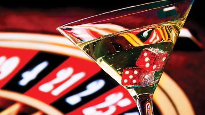 Faut-il boire quand on joue au casino en ligne