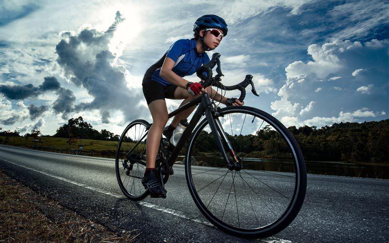 Pourquoi le cyclisme est bénéfique pour les joueurs de poker en ligne ?