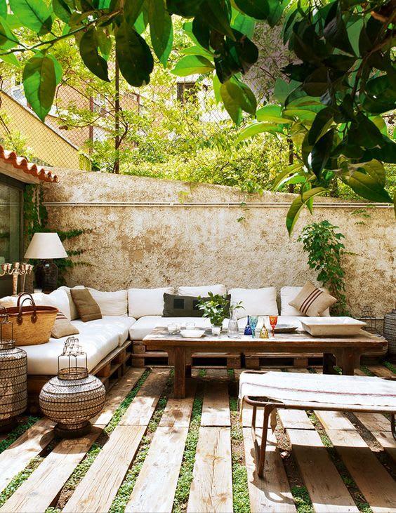 cosy courtyard, outdoor comfort and design