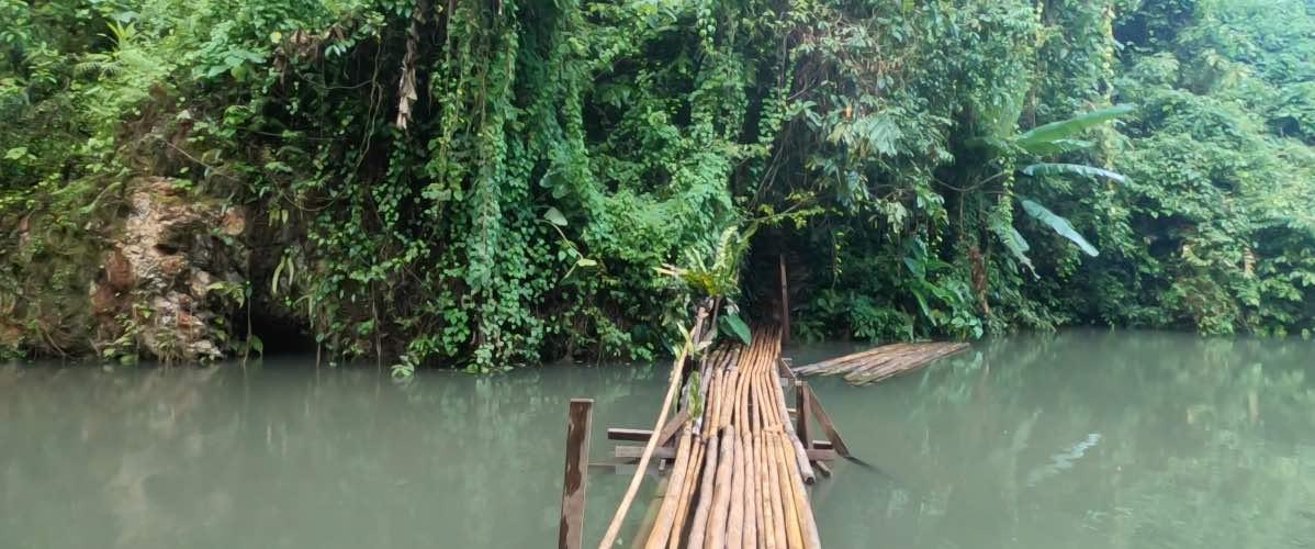 pont lagoon Vang Vieng