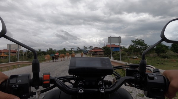 route vers konglor caves laos