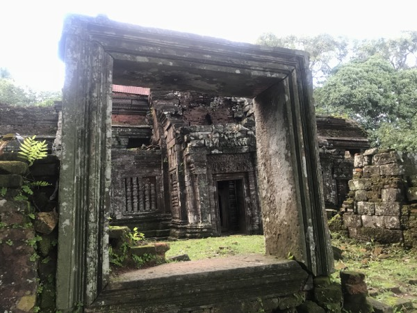 vat phou temple photo