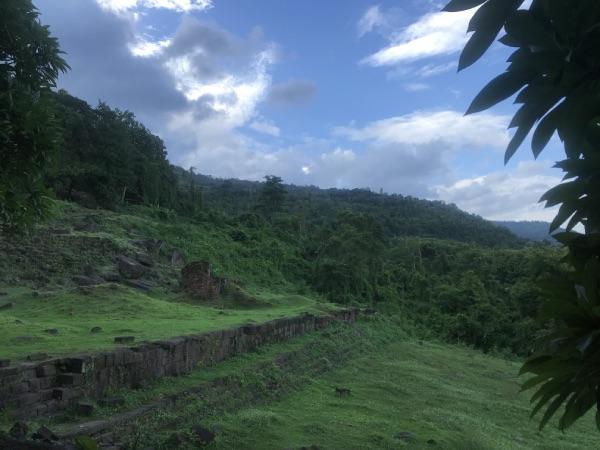 vue colline vat phou laos