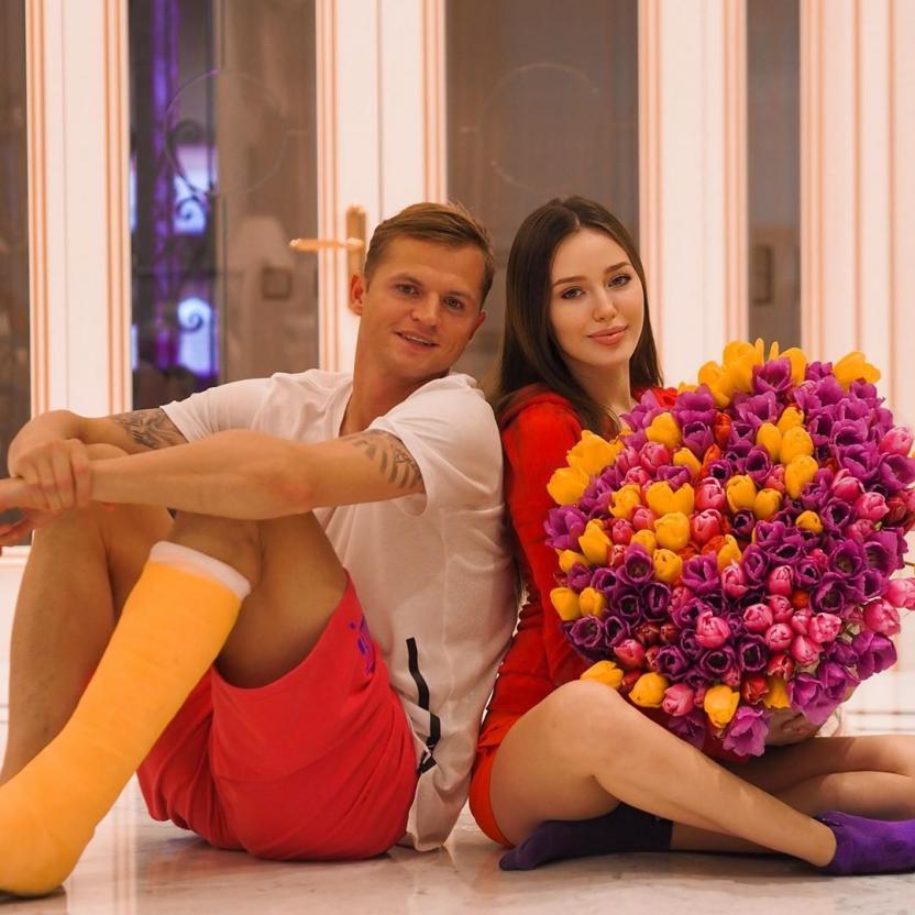 Дмитрий Тарасов трогательно поздравил Анастасию Костенко с 26-летием