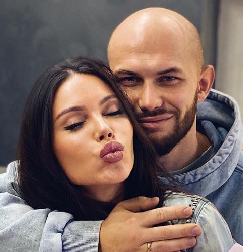 Оксана Самойлова: «Я подаю на развод с Джиганом!»
