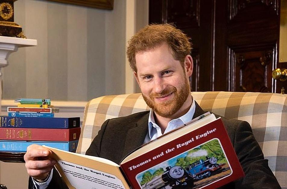 Принц Уильям попросил принца Гарри вернуться домой — СМИ