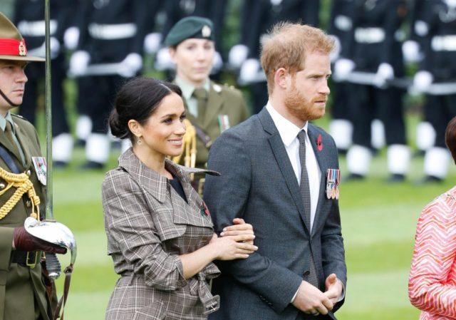 Упс! Принц Гарри столкнулся с двумя бывшими в кино