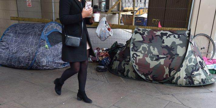 Hükümetin bu kış sokaklarda kimsenin olmamasını sağlamak gibi ahlaki bir sorumluluğu var