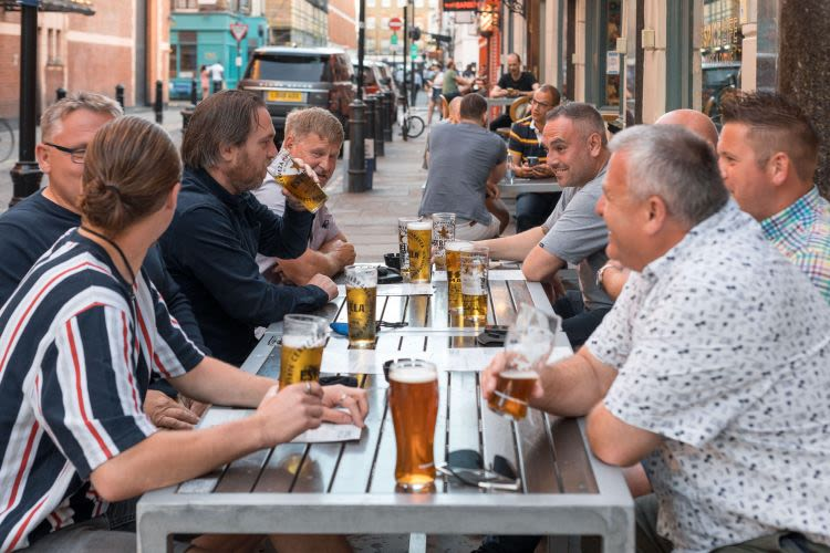 Beer, Fizzy Drinks And Meat Supplies Threatened By CO2 Shortages, Ministers Warned