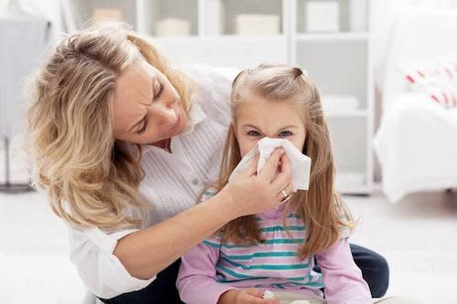 sneezing airborne allergens