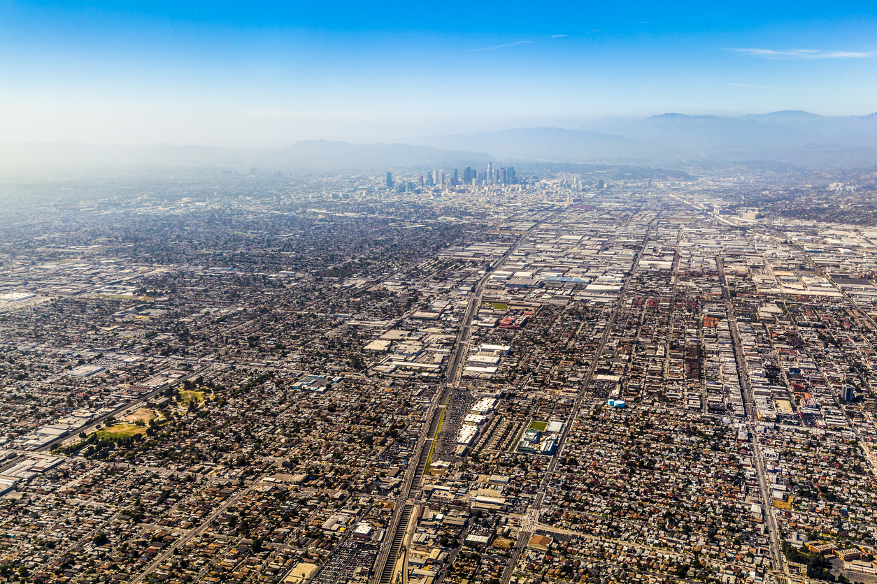 aerial photo of Los Angeles smog