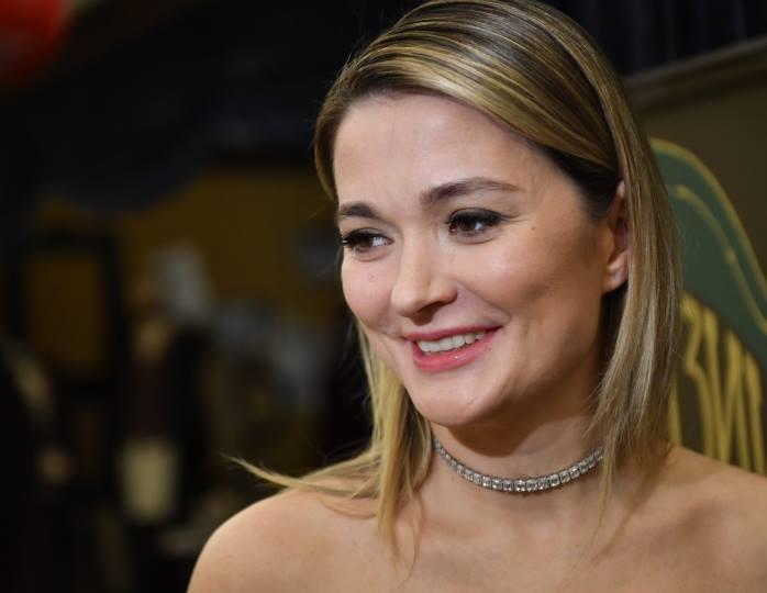 Словно девочка: Михалкова без яркого грима поделилась честным фото без прикрас