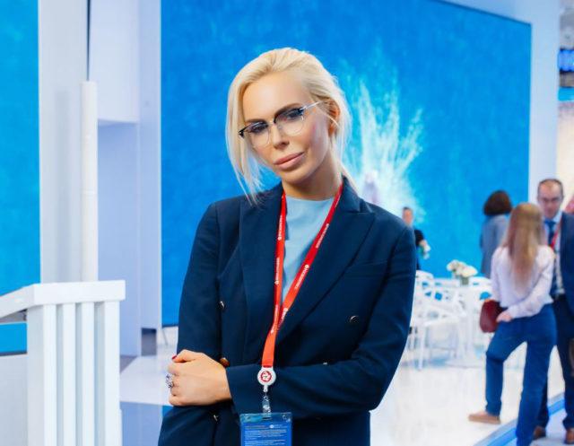 Look дня: основатель Toy.ru Алиса Лобанова