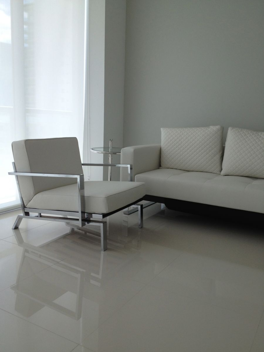 Polished Porcelain Tile 32x32 Moderni White Rectified