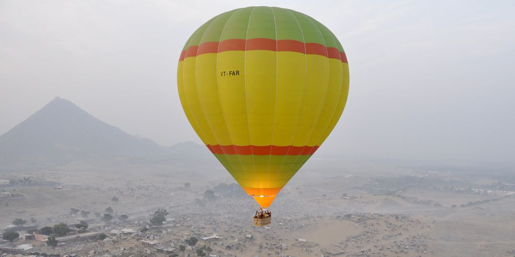 romantic date with a hot air balloon in mumbai