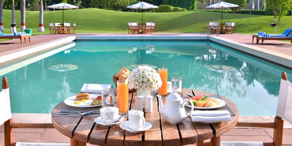 Poolside Dinner and Spa Treatment at Radisson Hyderabad