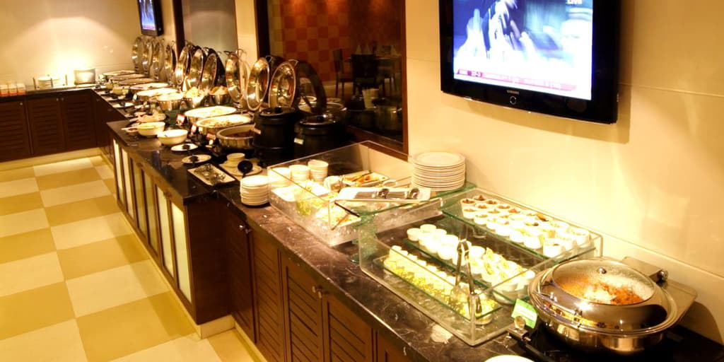 buffet at aditya hometel romantic restaurant hyderabad