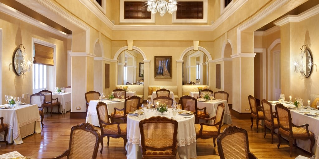 pamper yourself with a four course dinner at southeast garden taj falaknuma hyderabad
