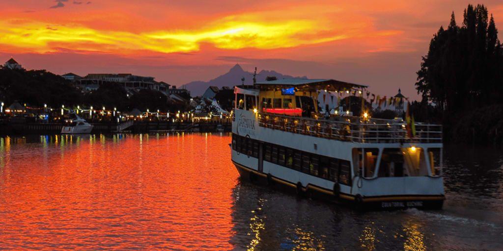 mandovi river cruise goa