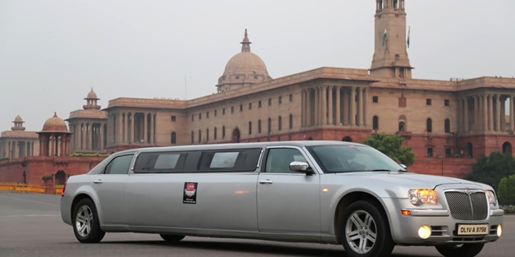 Trip to Agra on a Limo