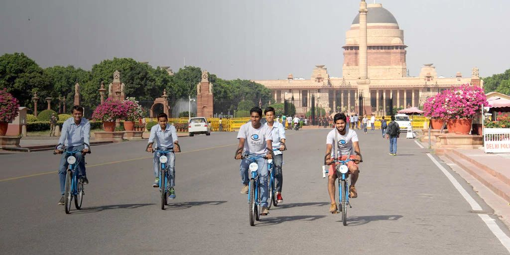 Delhi to Agra Bicycle Tour in a Day