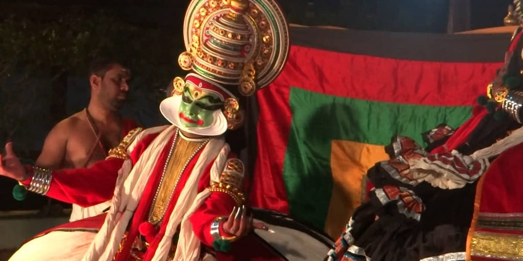 Watch Kathakali in Kochi