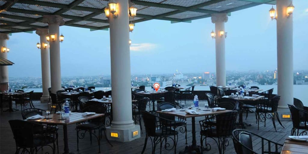 romantic restaurants in Chennai - The Crown