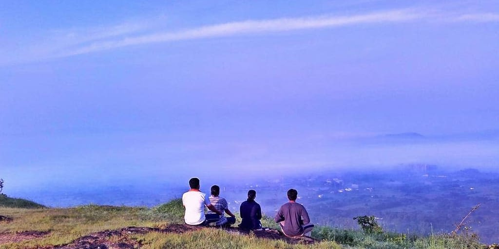 romantic places in Pune - ghoradeshwar hill