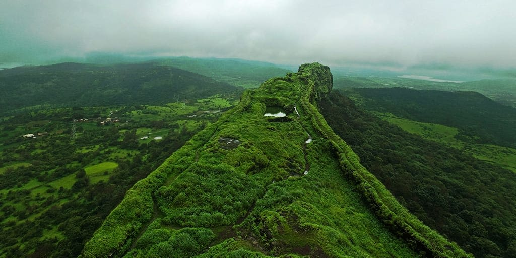 romantic places in Pune - Lohagad