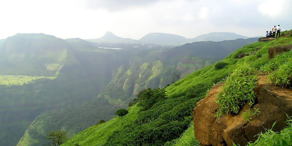 romantic places in Pune - lonavala