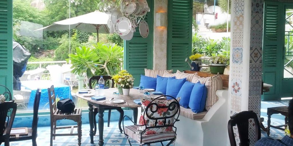 romantic places in Pune - Olive bistro