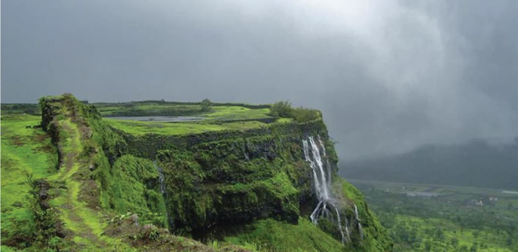 one day trips from Pune - lonavala