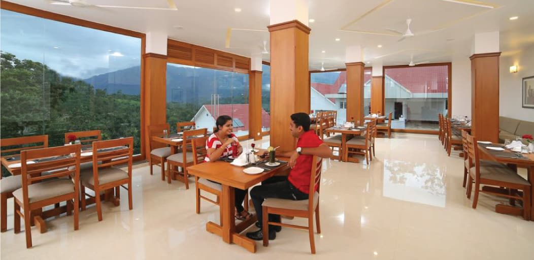 places to visit in Munnar in 1 day - restaurants in Munnar
