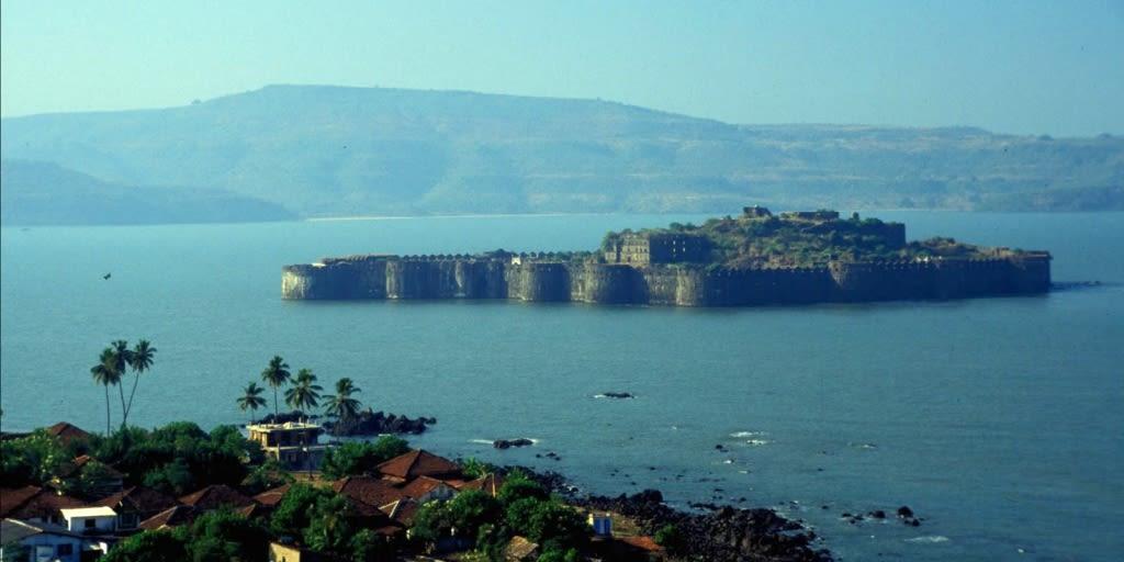 places to visit near Mumbai for 2 days-alibuag
