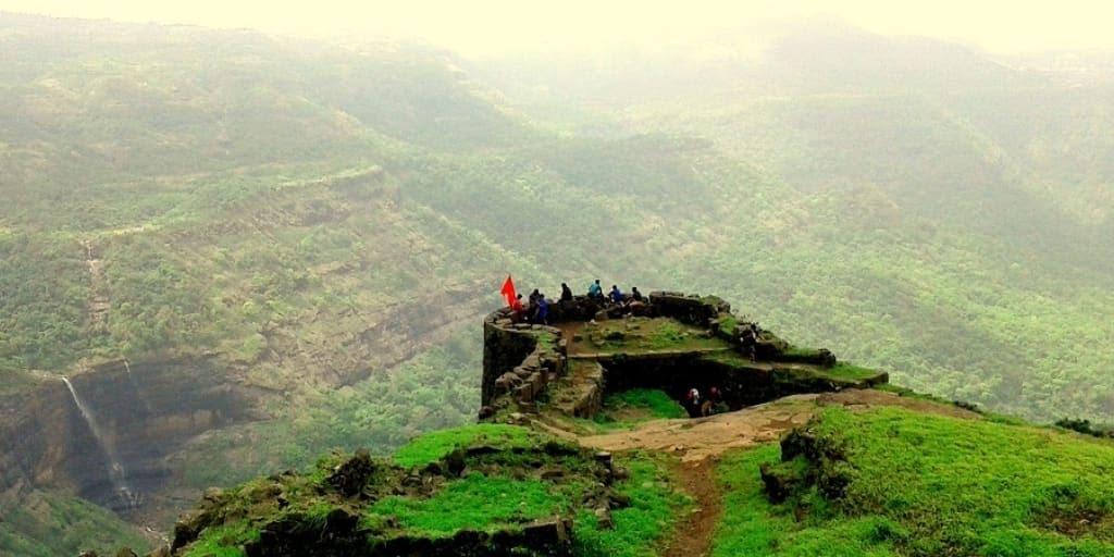laces to visit near Mumbai for 2 days-lonvala