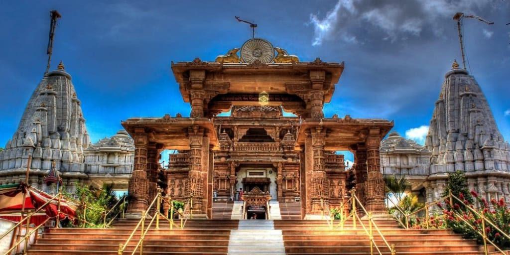 places to visit near Mumbai for 2 days-nashik