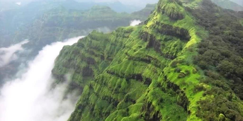 places to visit near Mumbai for 2 days-manori