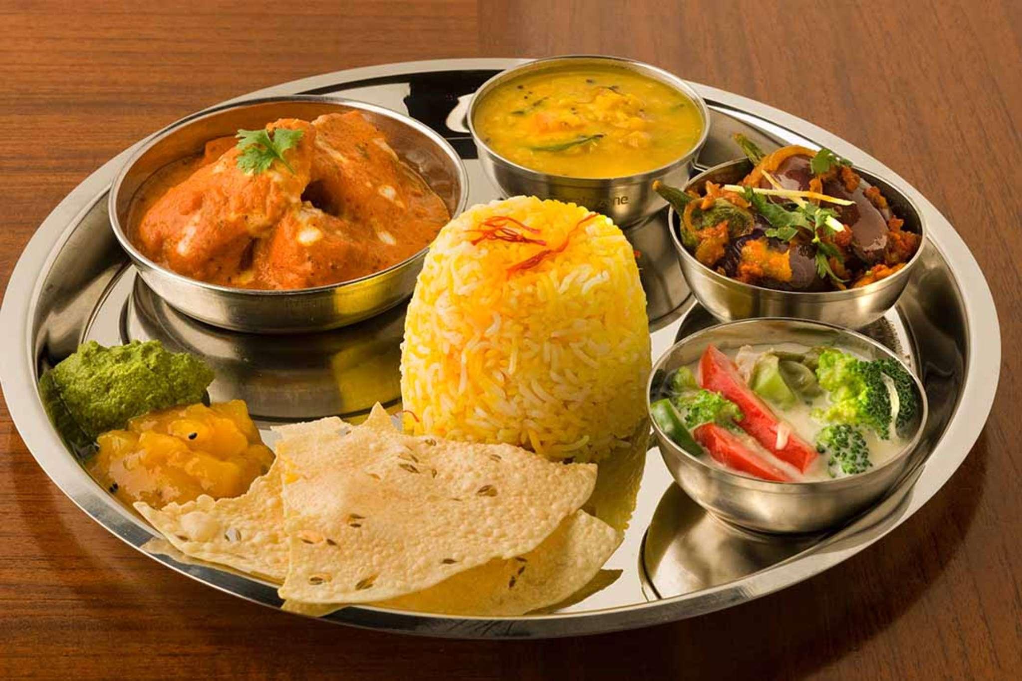 street foods in Goa- Goan saraswat meal