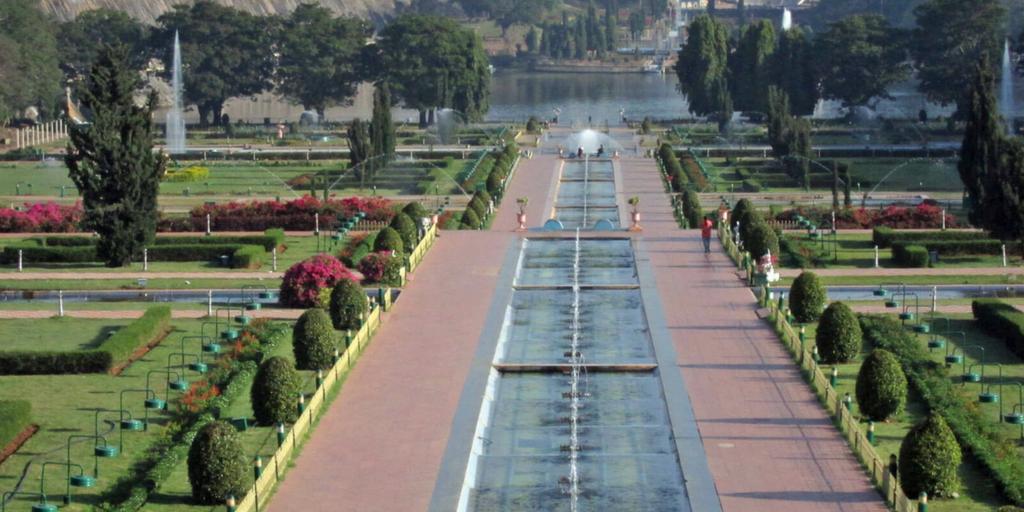 Places to visit near Mysore-Brindavan gardens