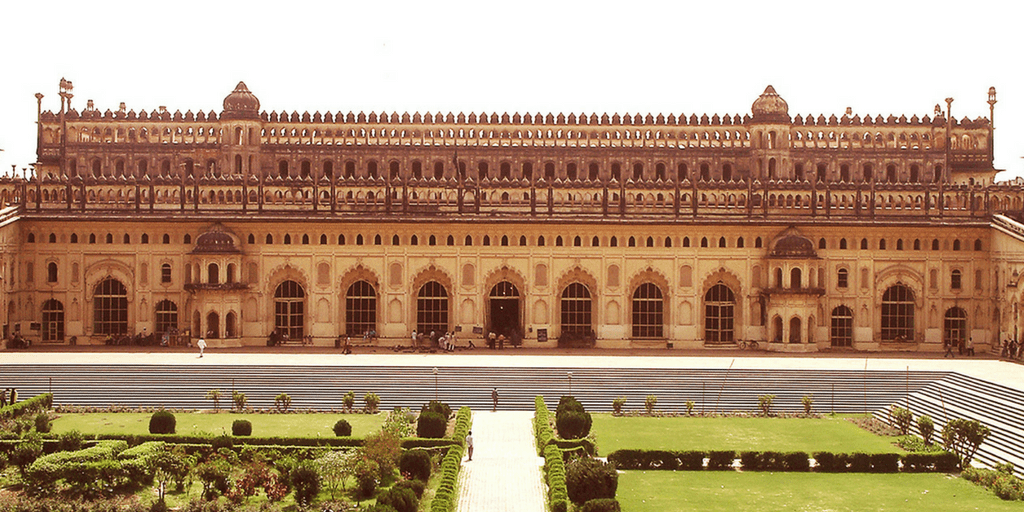 Places to Visit near Delhi on Weekend-Bara Imambara