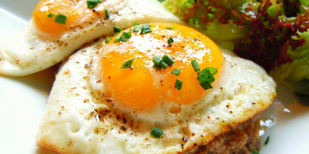 street food in Pune-Eggs in Vohuman