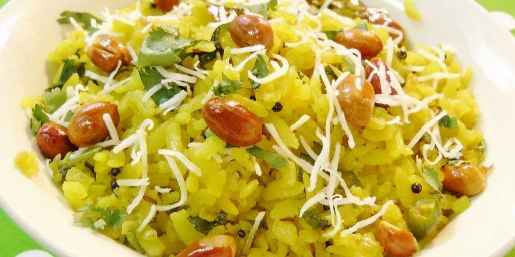 street food in Pune-Poha