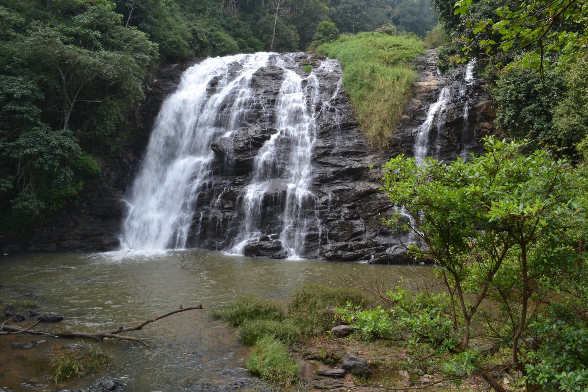 Places to visit in Coorg in one day-Iruppu Falls