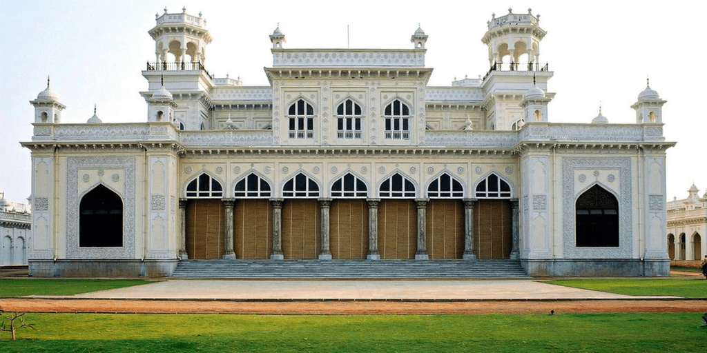 places to visit in Hyderabad in one day-chowmahalla palace